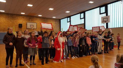 """Vorführung des Musicals """"Der zerstreute Weihnachtsmann"""""""